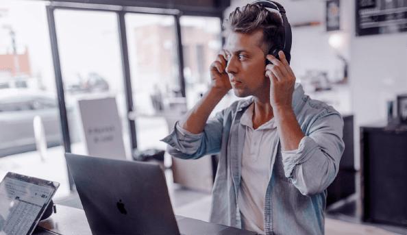 مدیریت ارتباط با مشتری و خلق یک شبکه خلاق از ارتباطات