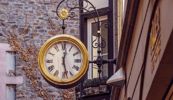 مدیریت زمان چیست و بهترین روش های تقویت این مهارت کدامند؟