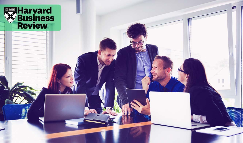 چهار روش برای کمک به نسلها برای همکاری و همفکری بیشتر